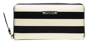 Kate Spade Kate Spade Penn Valley Neda Stripe Zip Around Wallet Black/Cream
