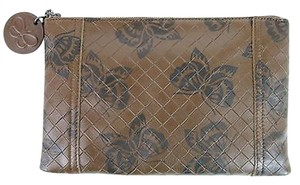 Bottega Veneta Intrecciomirage Leather Butterfly Brown 8402 Clutch