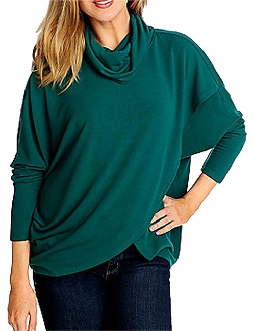 Preload https://item1.tradesy.com/images/kate-and-mallory-cardigan-emerlad-green-2021730-0-0.jpg?width=400&height=650