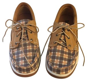 Timberland Tan/Brown Plaid Flats