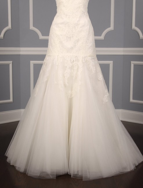 Anne Barge Pearl (Light Ivory) Chantilly Lace and Tulle Hyacinthe Feminine Wedding Dress Size 10 (M) Anne Barge Pearl (Light Ivory) Chantilly Lace and Tulle Hyacinthe Feminine Wedding Dress Size 10 (M) Image 3
