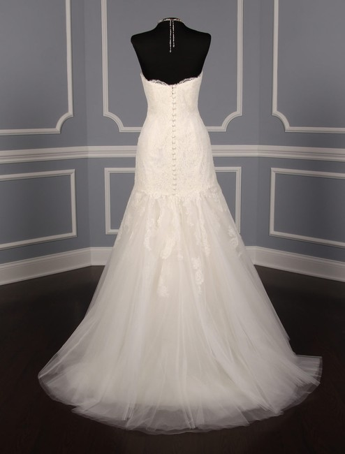 Anne Barge Pearl (Light Ivory) Chantilly Lace and Tulle Hyacinthe Feminine Wedding Dress Size 10 (M) Anne Barge Pearl (Light Ivory) Chantilly Lace and Tulle Hyacinthe Feminine Wedding Dress Size 10 (M) Image 8