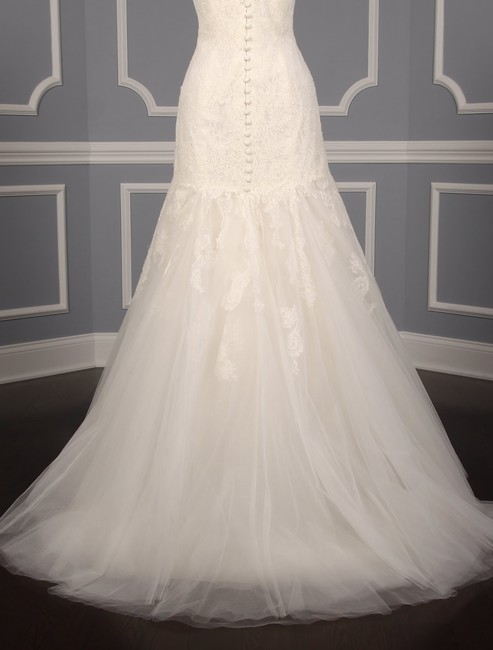 Anne Barge Pearl (Light Ivory) Chantilly Lace and Tulle Hyacinthe Feminine Wedding Dress Size 10 (M) Anne Barge Pearl (Light Ivory) Chantilly Lace and Tulle Hyacinthe Feminine Wedding Dress Size 10 (M) Image 10