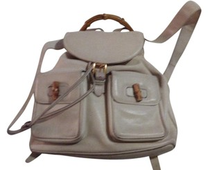 Gucci Multiple Compartment Backpack Messenger Very Good Vintage Great For  Everyday Backpack 39eb819c41457