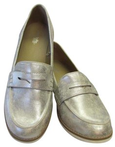 Charlotte Russe Size 10.00 M Very Good Condition Silverish/White Flats