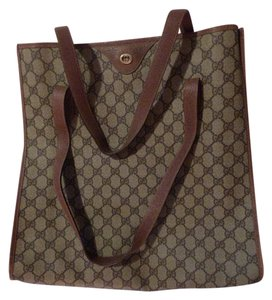 Gucci Interior Pockets Mint Vintage Great For Everyday Tote in leather & large G logo print coated canvas in shades of brown