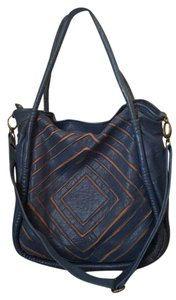 Monserat De Lucca Tote in Blue