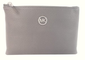 Michael Kors Fulton Phone Pearl gray Clutch