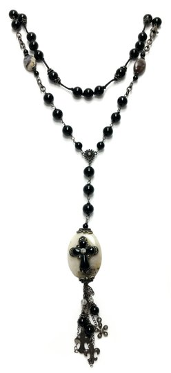 Preload https://img-static.tradesy.com/item/20220637/black-sterling-silver-rosary-cross-onyx-necklace-0-0-540-540.jpg
