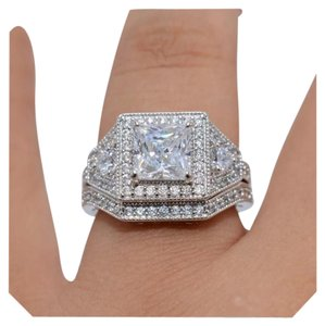 Other New Stunning 2pc Diamonique and CZ White GF Wedding Ring Set