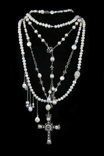 Kinley Sterling silver Rosary Cross Crystal Kinley Necklace in Pearls Image 8