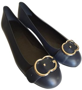 Gucci Navy blue, silver buckle Flats