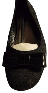 Louis Vuitton Made In Italy Comfortable Bow/back BLACK Monogram w/ Patent Leather Front Bow and Flats