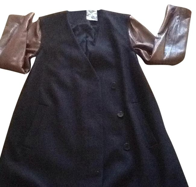 Item - Navy Quennel Compact Coat Size 12 (L)