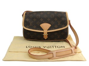 Louis Vuitton Sologne Monogram Lv Shoulder Bag