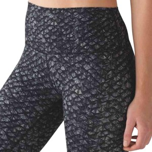 Lululemon Nwt Lululemon High Times Pant Size 6 Iridescent Black Gray