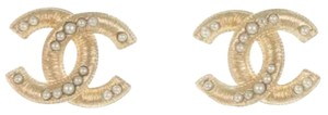 Chanel Interlocking CC Logo Classic Gold Pearl Seed Twist Stud Pierced 14P