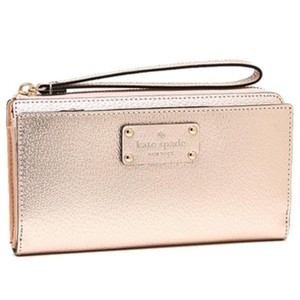 Kate Spade New With Tags Kate Spade Wellesley Wristlet/Wallet Rosegold