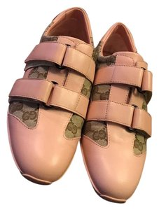 Gucci Pink with monogram Athletic