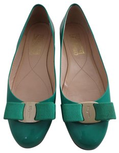 Salvatore Ferragamo Bow Patent Leather Gold Kelly Green Flats