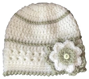 Grey & White Flower Hat