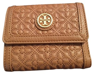 Tory Burch Tory Burch Bryant Mini Wallet in Luggage Leather