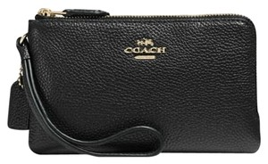 Coach Pebbled Leather Crossgrain Wallet Wristlet in Black