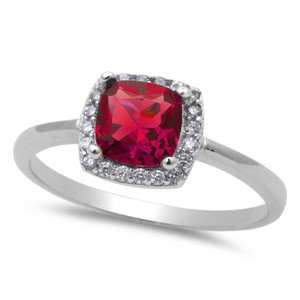 9.2.5 Stunning red ruby halo cocktail ring size 7