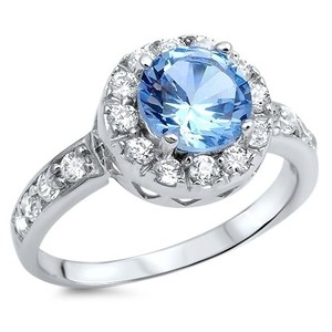 9.2.5 Breathtaking blue and white topaz round cocktail ring size 9