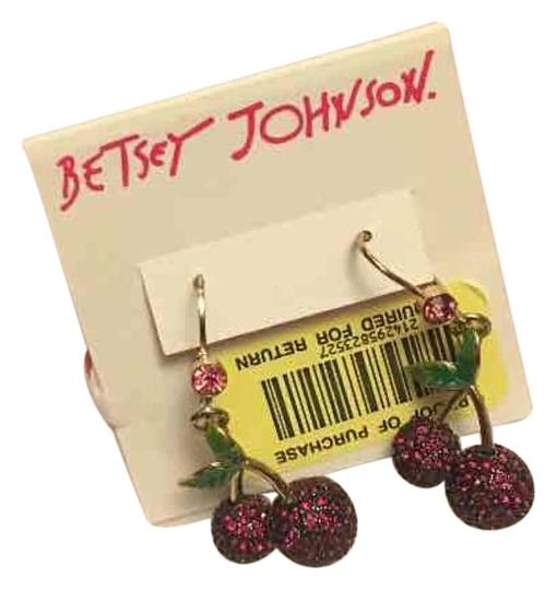 Preload https://img-static.tradesy.com/item/20226279/betsey-johnson-earrings-0-1-540-540.jpg