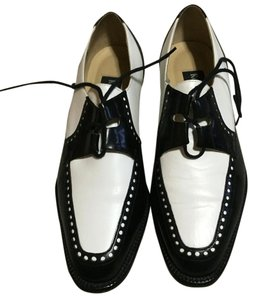 Kenneth Cole White/black Flats