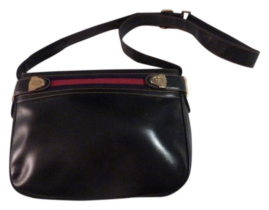 Preload https://img-static.tradesy.com/item/20226505/gucci-vintage-pursesdesigner-purses-midnight-blue-black-leather-with-rednavy-blue-striped-top-accent-0-1-540-540.jpg