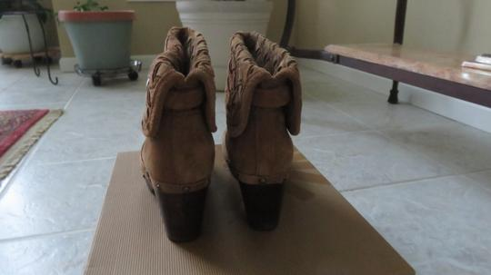 UGG Australia Ugg. Suede Ankle Boots Chunky Heels chestnut Mules Image 2