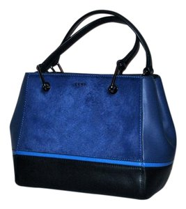 DKNY Satchel in blue/black