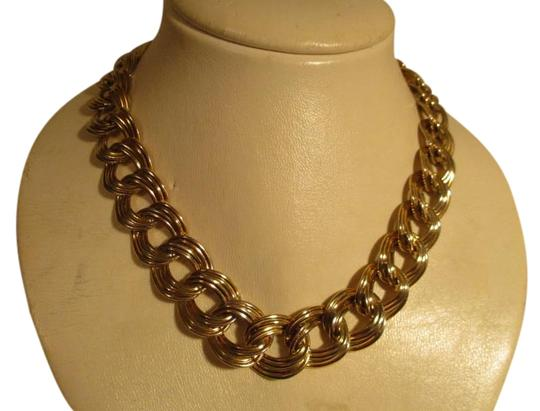 Preload https://img-static.tradesy.com/item/20228365/anne-klein-gold-chunky-double-link-chain-toggle-necklace-0-1-540-540.jpg