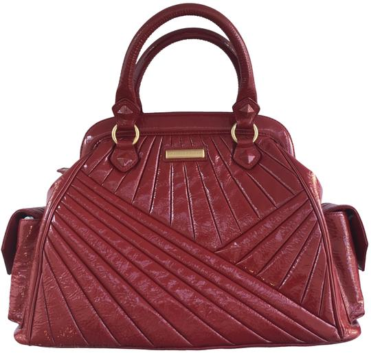 Preload https://img-static.tradesy.com/item/20228533/isabella-fiore-red-patent-leather-satchel-0-3-540-540.jpg