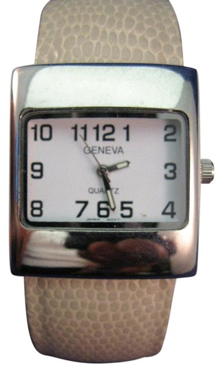 Geneva Woman's Geneva Wrist Watch Image 0