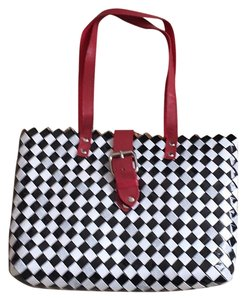 Nahui Ollin Tote in Black And Silver
