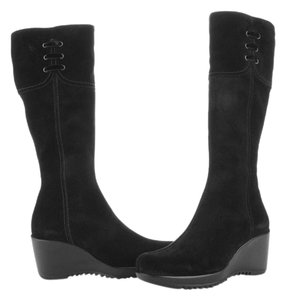 La Canadienne Black Boots