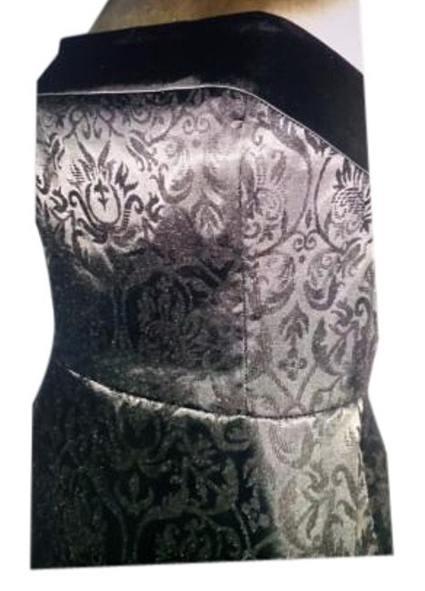 Preload https://item1.tradesy.com/images/white-house-black-market-strapless-jacuard-with-satin-trim-knee-length-cocktail-dress-size-4-s-20229360-0-1.jpg?width=400&height=650