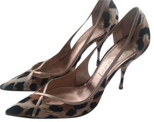 Casadei multi Pumps