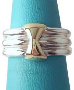 Tiffany & Co. Sculptured And Rare Tiffany And Company 18K And Sterling Silver Ring Size 4.