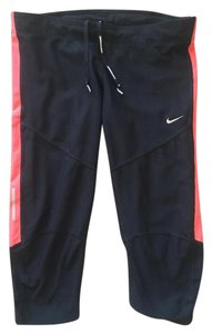 Nike Nike Dri-Fit Capri Leggings