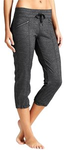 Athleta Capris Black-Heathered Black Dark Grey