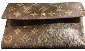 Louis Vuitton wallet. Authentic and in excellent condition.