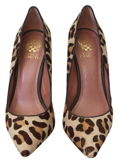 Preload https://item5.tradesy.com/images/vince-camuto-leopard-vc-rues2-pumps-size-us-9-202309-0-0.jpg?width=440&height=440