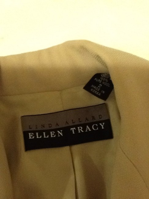 Ellen Tracy Wool Made In Korea Dryclean Only tan beige Blazer Image 6