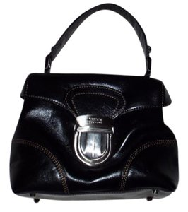 Maxx New York Leather Satchel in Black