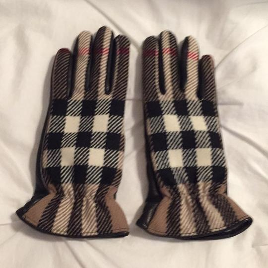 Burberry Burberry Gloves Size 7 Image 1