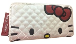 Hello Kitty * Hello Kitty White Quilted Leather Wallet